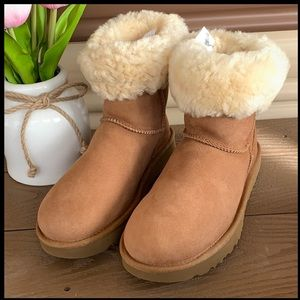 New UGG Classic Genuine Shearling Lined Short Boot